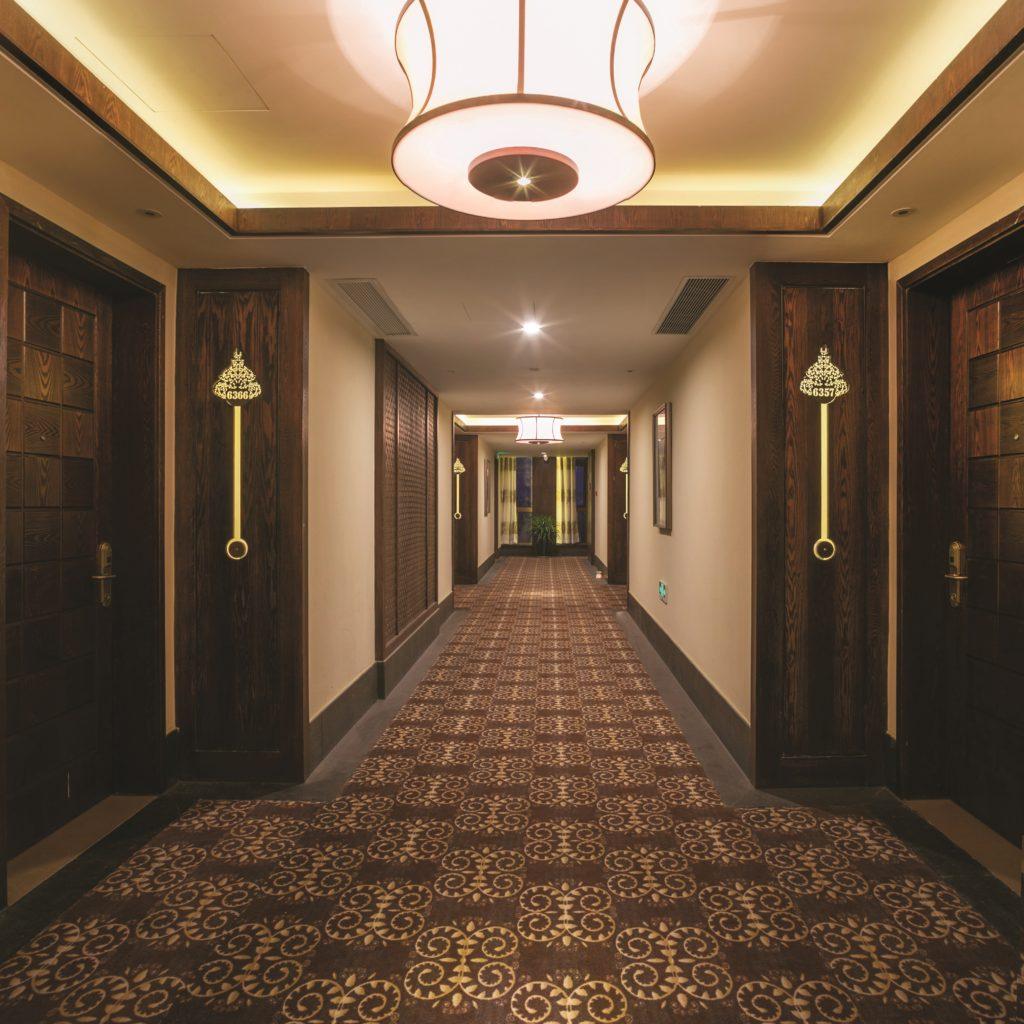 COM_Carpet_Hotel_Hallway